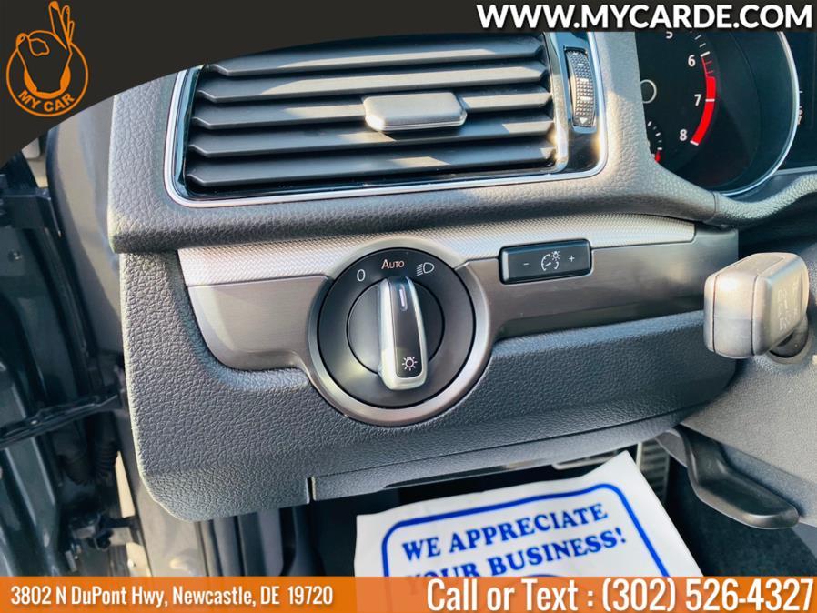 Used Volkswagen Passat R-Line w/Comfort Pkg Auto 2017 | My Car. Newcastle, Delaware
