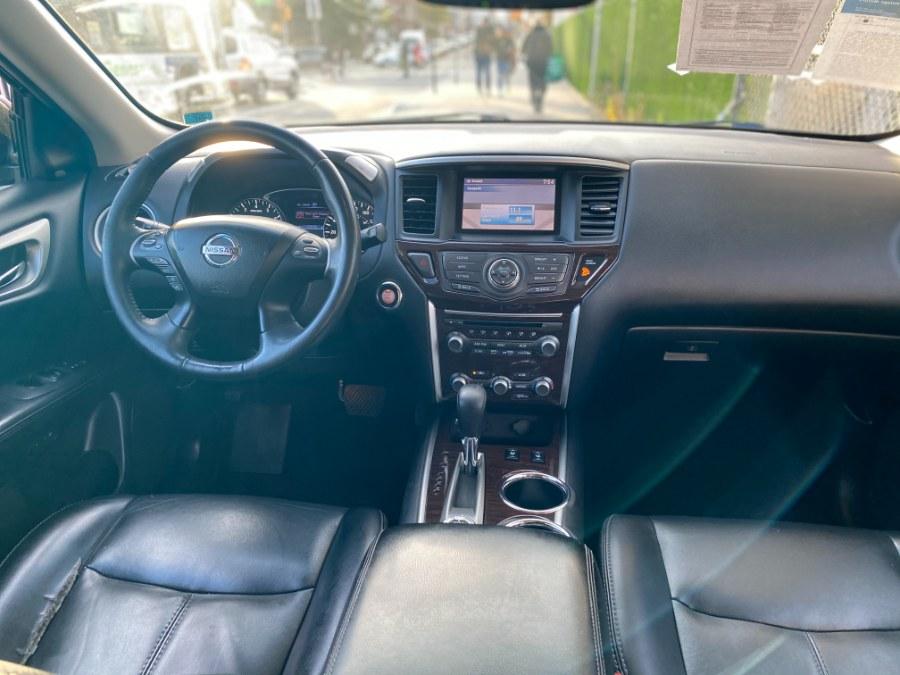 Used Nissan Pathfinder 4WD 4dr Platinum 2016 | Middle Village Motors . Middle Village, New York