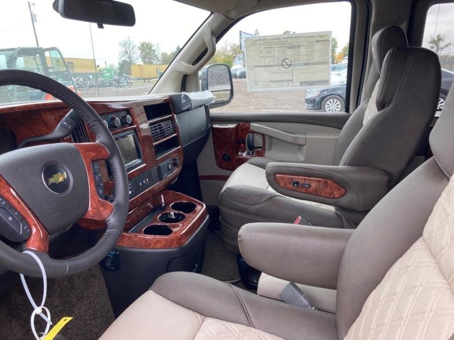 Used Chevrolet VAN 7 SEATS AWD REG WHEEL BASE 2020 | Autoforward Motors Inc.. Brooklyn, New York