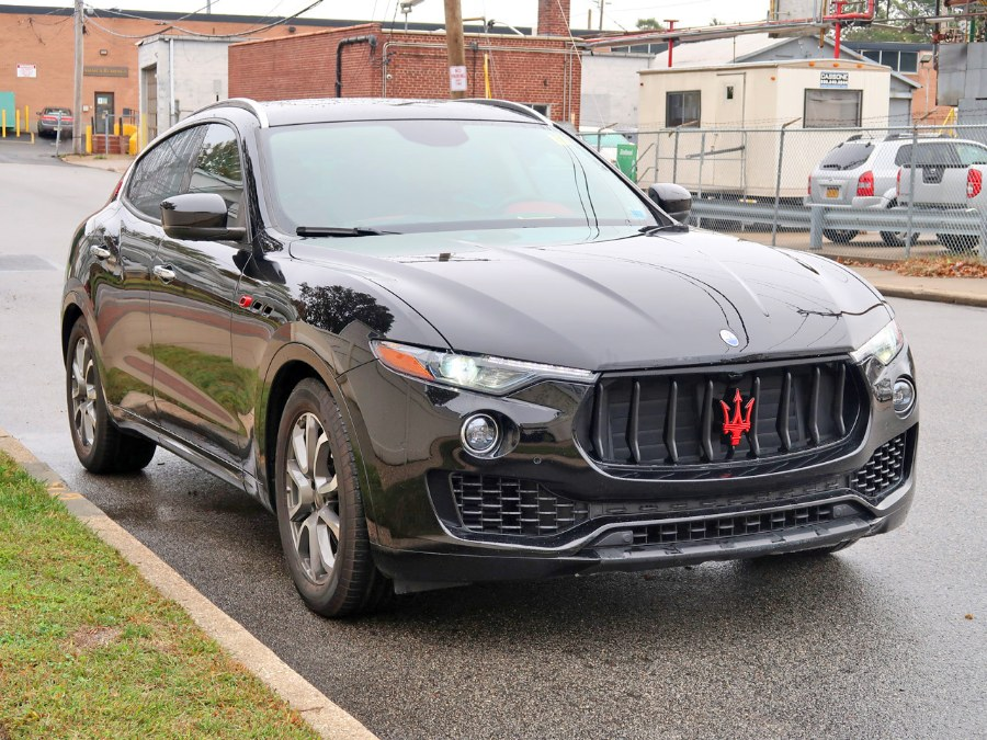 Used Maserati Levante  2017 | Auto Expo Ent Inc.. Great Neck, New York