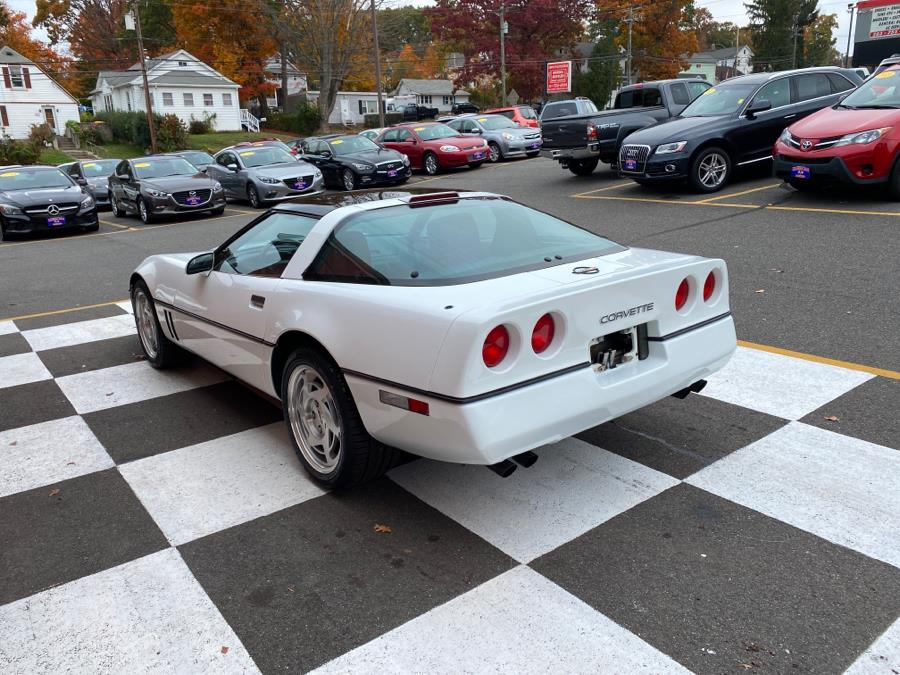 Used Chevrolet Corvette 2dr Coupe Hatchback 1990 | National Auto Brokers, Inc.. Waterbury, Connecticut