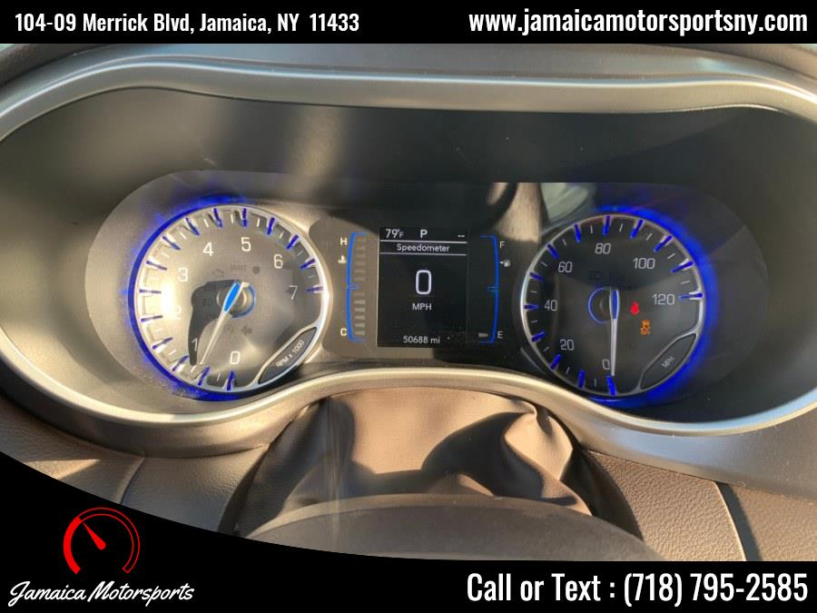 Used Chrysler Pacifica L FWD 2018 | Jamaica Motor Sports . Jamaica, New York