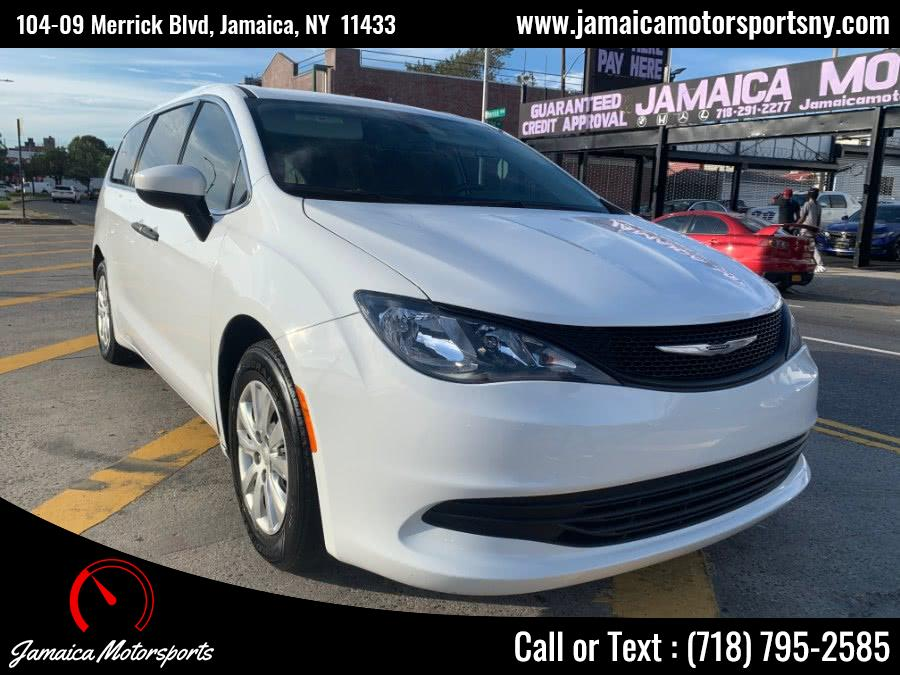 Used 2018 Chrysler Pacifica in Jamaica, New York | Jamaica Motor Sports . Jamaica, New York