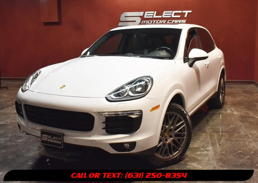 Used 2017 Porsche Cayenne in Deer Park, New York | Select Motor Cars. Deer Park, New York