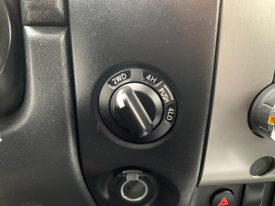 Used Nissan Titan 4WD Crew Cab SWB SE 2010 | Merrimack Autosport. Merrimack, New Hampshire