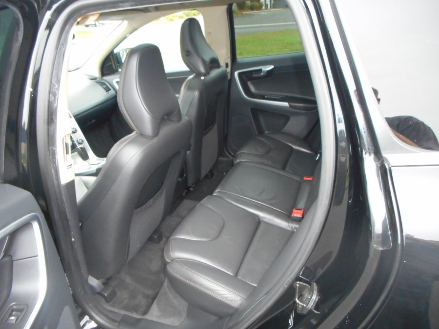 Used Volvo XC60 AWD 4dr 3.0T 2011 | Wholesale Motorcars LLC. Newington, Connecticut