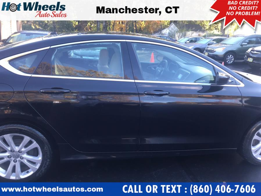 Used Chrysler 200 4dr Sdn Limited FWD 2015   Hot Wheels Auto Sales LLC. Manchester, Connecticut