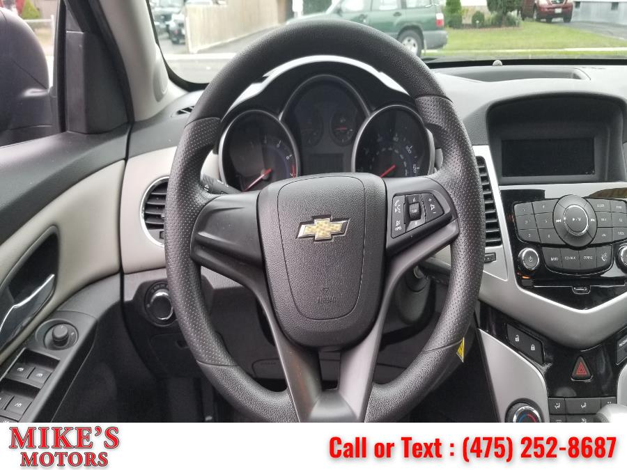 Used Chevrolet Cruze 4dr Sdn Auto LS 2014 | Mike's Motors LLC. Stratford, Connecticut