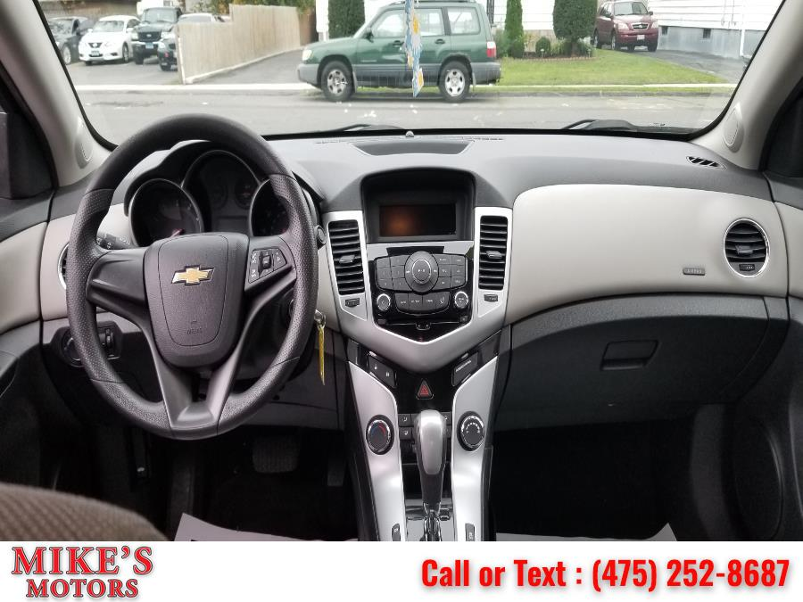 Used Chevrolet Cruze 4dr Sdn Auto LS 2014   Mike's Motors LLC. Stratford, Connecticut
