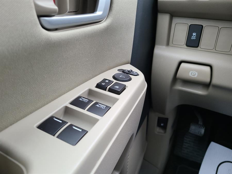 Used Honda Pilot 4WD 4dr LX 2012 | National Auto Brokers, Inc.. Waterbury, Connecticut