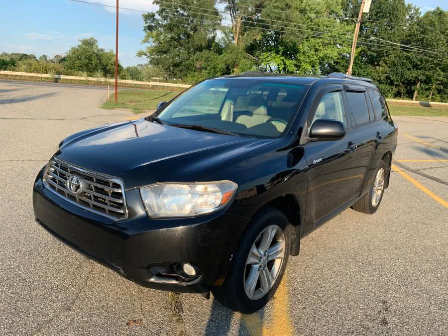 Used 2008 Toyota Highlander in Methuen, Massachusetts | Danny's Auto Sales. Methuen, Massachusetts
