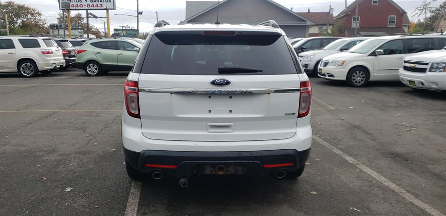 Used Ford Explorer 4WD 4dr Base 2013 | Victoria Preowned Autos Inc. Little Ferry, New Jersey