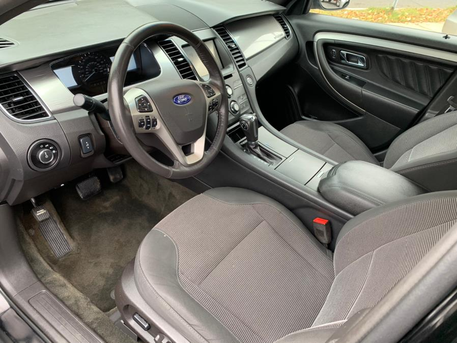 Used Ford Taurus 4dr Sdn SEL FWD 2015 | Central Auto Sales & Service. New Britain, Connecticut