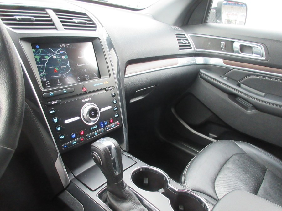 Used Ford Explorer Limited 4WD 2019 | Route 27 Auto Mall. Linden, New Jersey