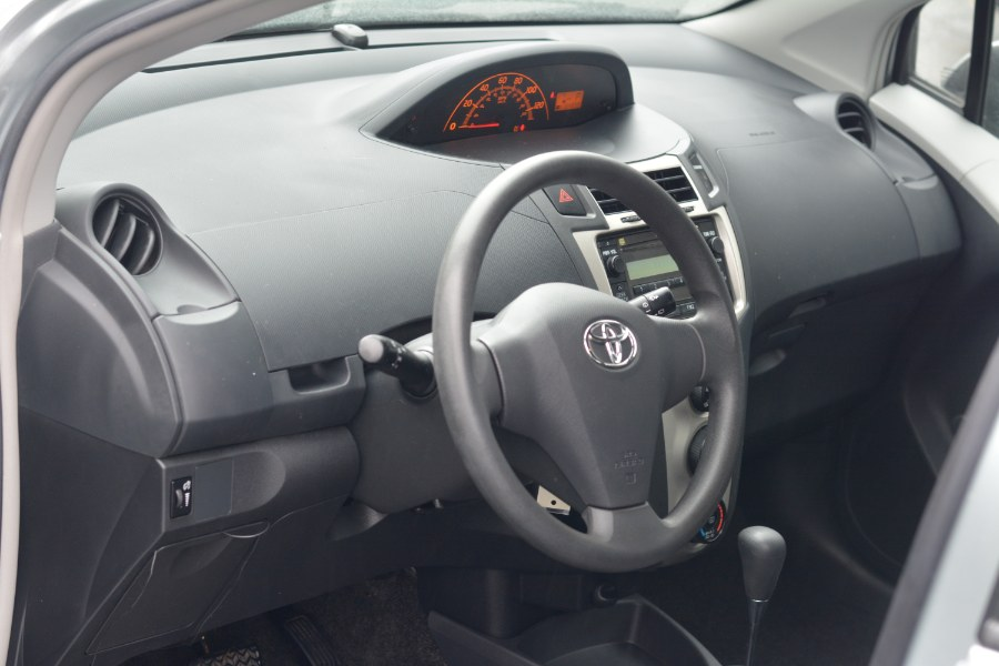 Used Toyota Yaris 5dr HB Auto (Natl) 2009 | New Beginning Auto Service Inc . Ashland , Massachusetts