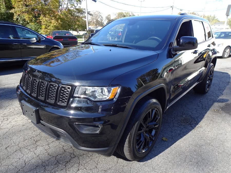 Used 2019 Jeep Grand Cherokee in Islip, New York | Mint Auto Sales. Islip, New York