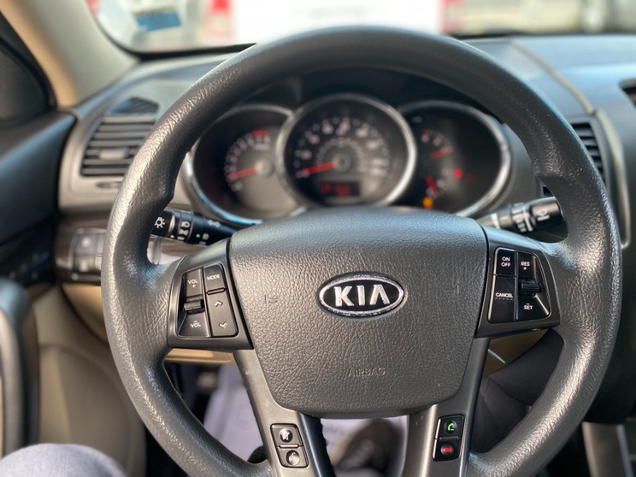 Used Kia Sorento AWD 4dr I4 LX 2011   Middle Village Motors . Middle Village, New York