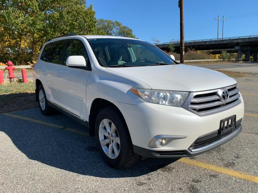 Used Toyota Highlander 4WD 4dr V6 (Natl) 2012 | Danny's Auto Sales. Methuen, Massachusetts