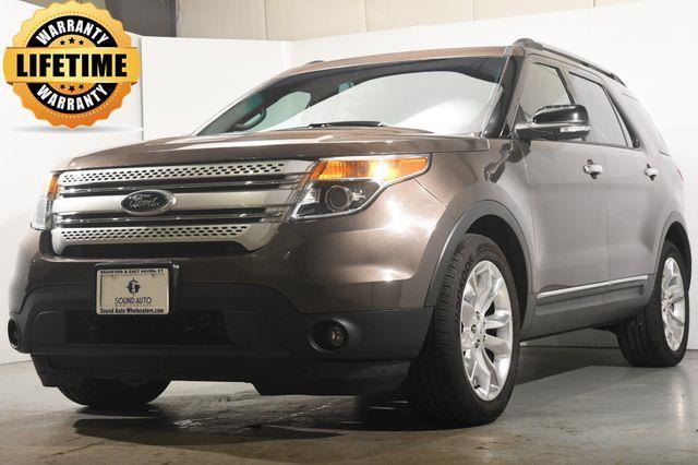 2015 Ford Explorer XLT photo