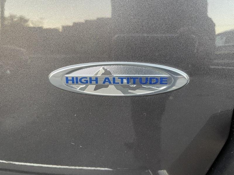 Used Jeep Compass 4WD 4dr Latitude 2016 | Union Street Auto Sales. West Springfield, Massachusetts