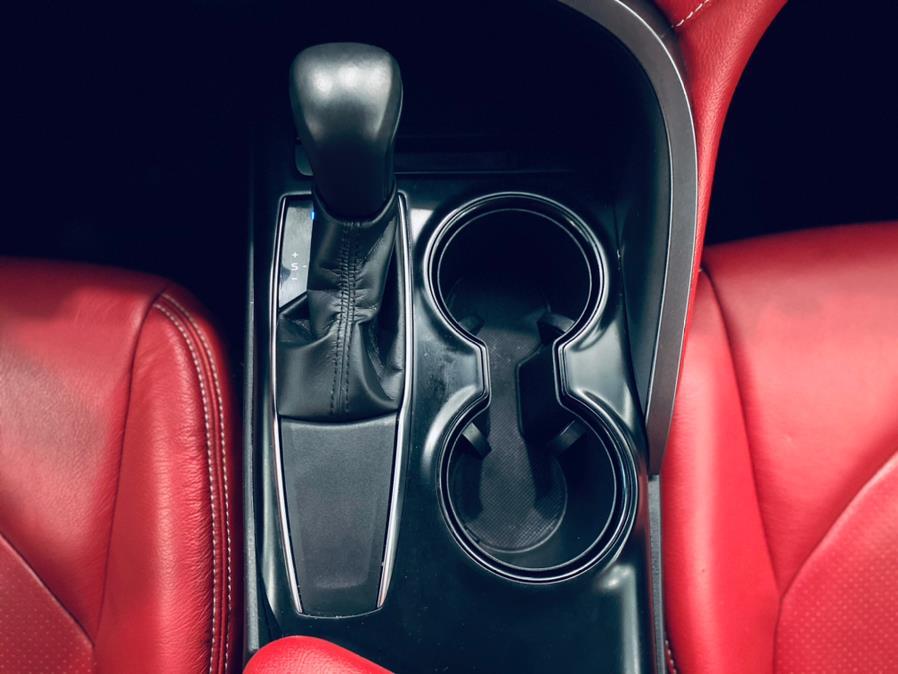 Used Toyota Camry SE Auto (Natl) 2018 | Luxury Motor Club. Franklin Square, New York