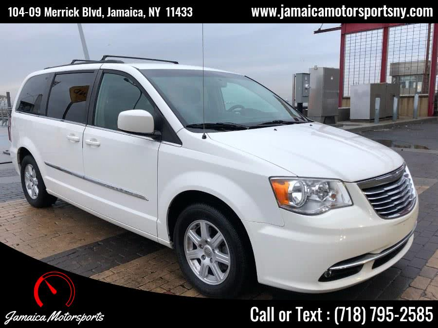 Used 2012 Chrysler Town & Country in Jamaica, New York | Jamaica Motor Sports . Jamaica, New York