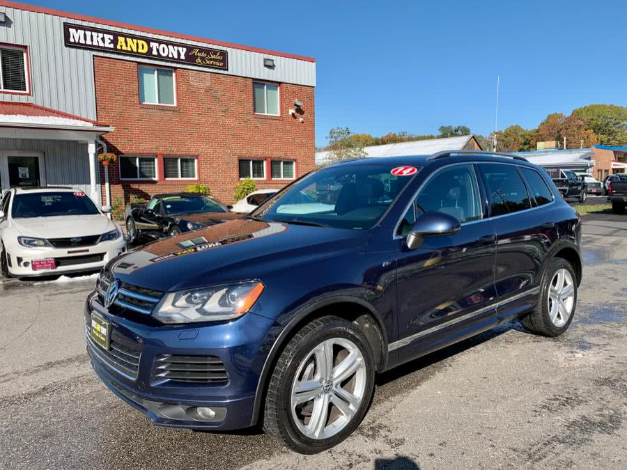 Used Volkswagen Touareg 4dr TDI R-Line 2014 | Mike And Tony Auto Sales, Inc. South Windsor, Connecticut