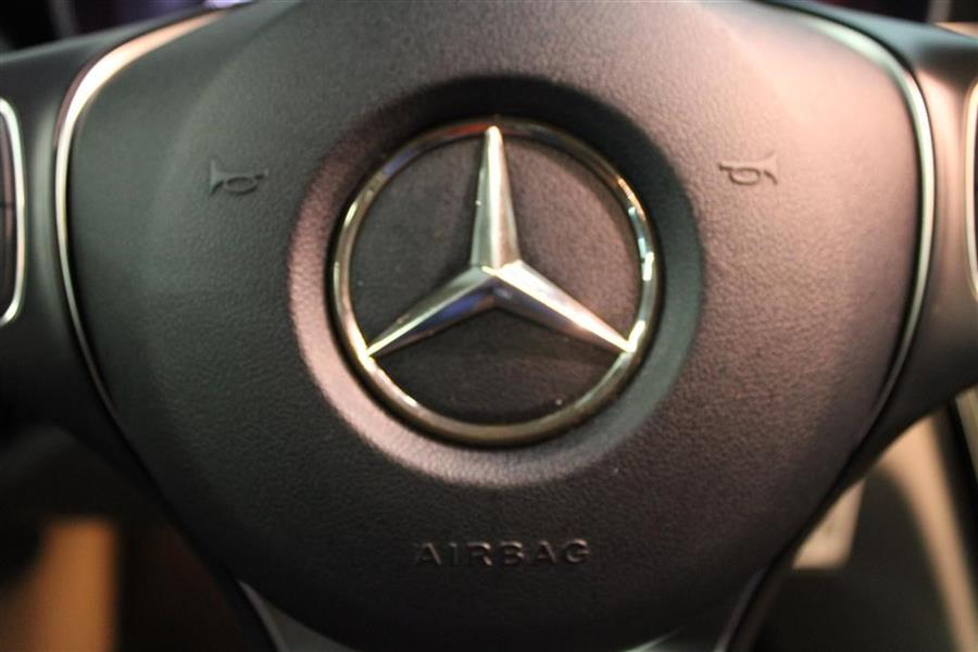 Used Mercedes-benz c 300 4MATIC 2015 | Fast Track Motors. Paterson, New Jersey