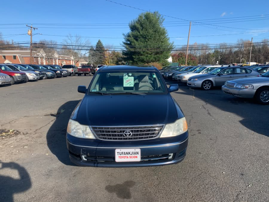 Used Toyota Avalon 4dr Sdn XL w/Bucket Seats 2003 | CT Car Co LLC. East Windsor, Connecticut
