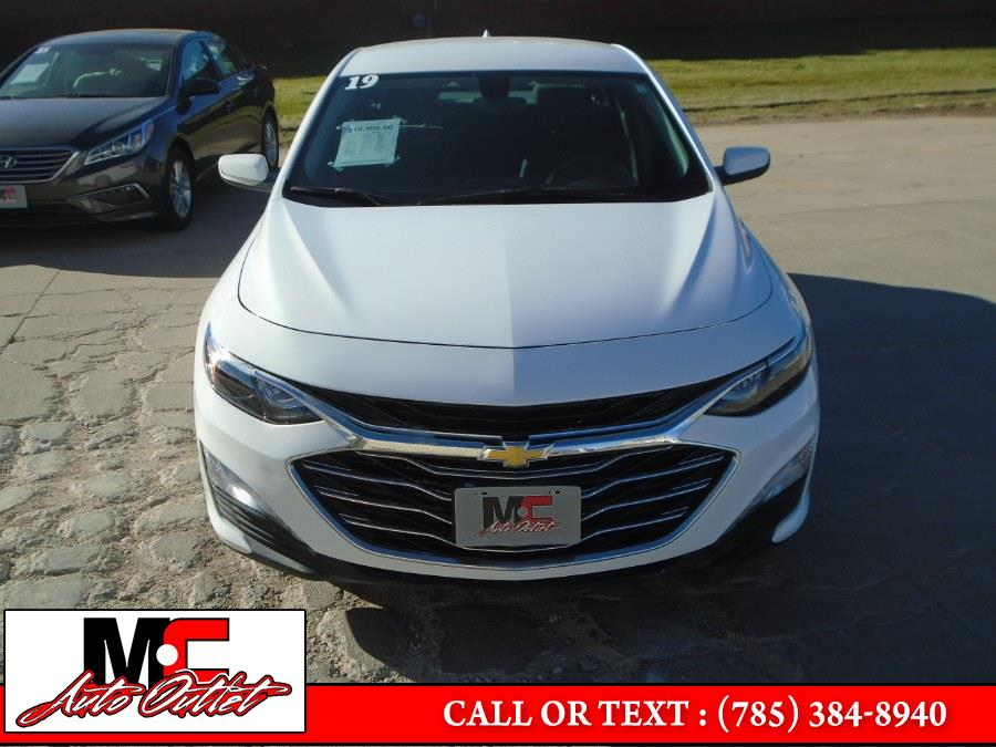 Used Chevrolet Malibu 4dr Sdn LT w/1LT 2019 | M C Auto Outlet Inc. Colby, Kansas