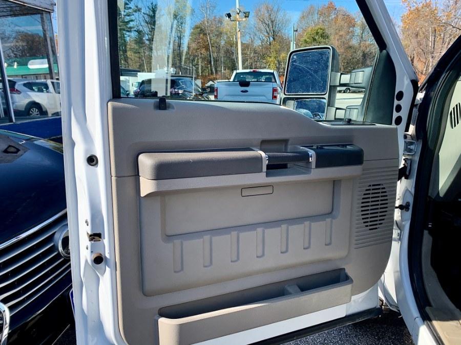 "Used Ford Super Duty F-350 Srw 4WD Reg Cab 137"" XL 2010 | Second Street Auto Sales Inc. Manchester, New Hampshire"
