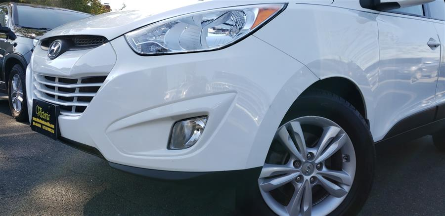 Used Hyundai Tucson AWD 4dr Auto GLS 2013 | Victoria Preowned Autos Inc. Little Ferry, New Jersey