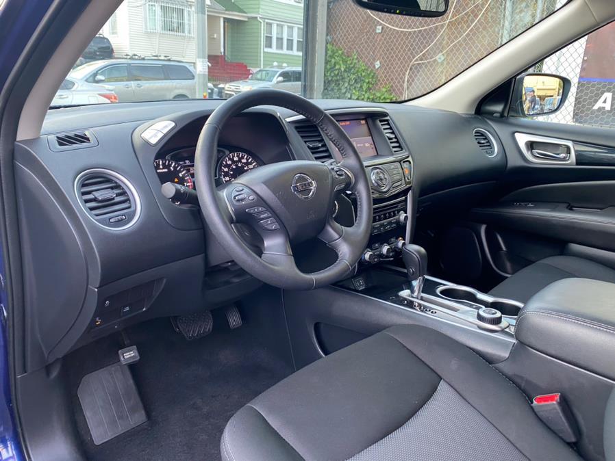 Used Nissan Pathfinder 4x4 SV 2019   Sunrise Autoland. Jamaica, New York