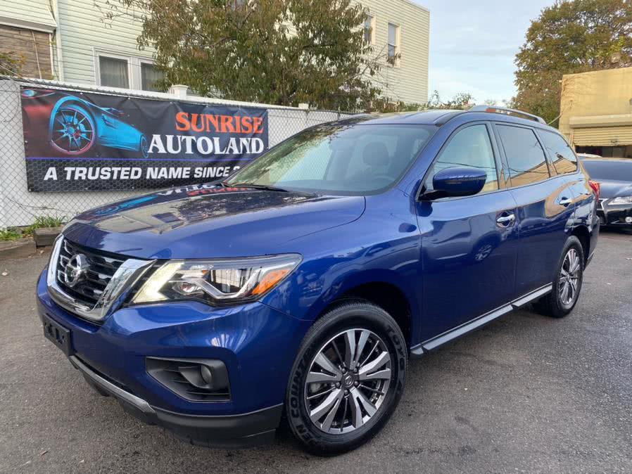 Used 2019 Nissan Pathfinder in Jamaica, New York | Sunrise Autoland. Jamaica, New York