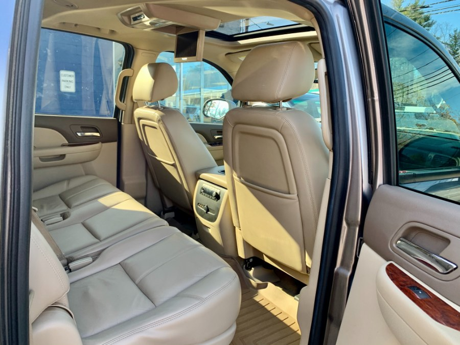 Used Chevrolet Suburban LT 2014 | Second Street Auto Sales Inc. Manchester, New Hampshire