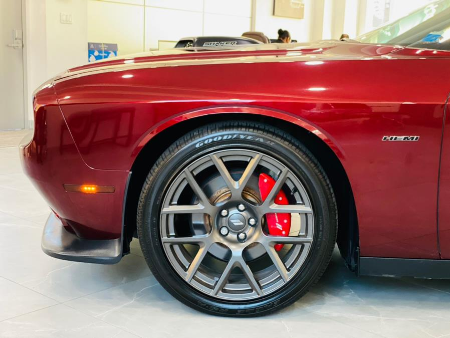 Used Dodge Challenger R/T RWD 2018 | Luxury Motor Club. Franklin Square, New York