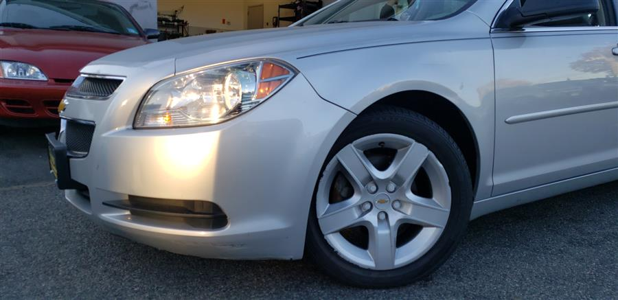 Used Chevrolet Malibu 4dr Sdn LS w/1LS 2011 | Victoria Preowned Autos Inc. Little Ferry, New Jersey