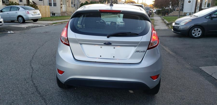 Used Ford Fiesta 5dr HB S 2016 | Victoria Preowned Autos Inc. Little Ferry, New Jersey