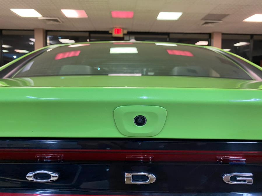 Used Dodge Charger SXT RWD 2019 | Autovanta. Massapequa Park, New York