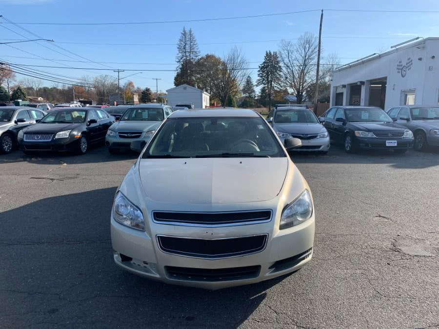 Used Chevrolet Malibu 4dr Sdn LS w/1LS 2010 | CT Car Co LLC. East Windsor, Connecticut
