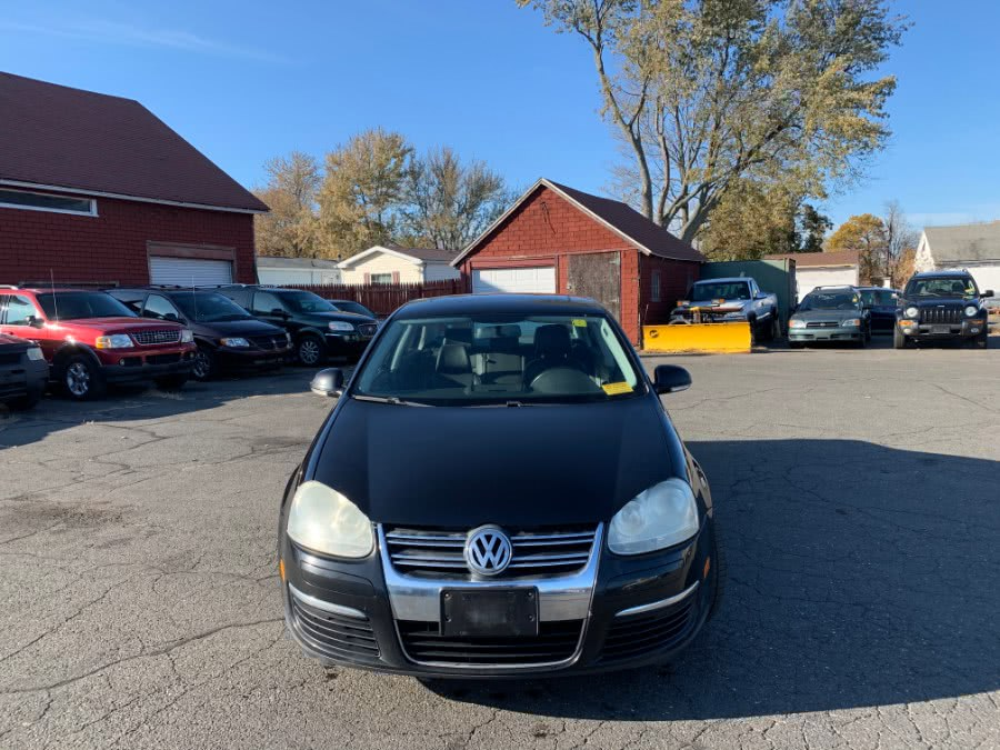 Used 2009 Volkswagen Jetta Sedan in East Windsor, Connecticut | CT Car Co LLC. East Windsor, Connecticut