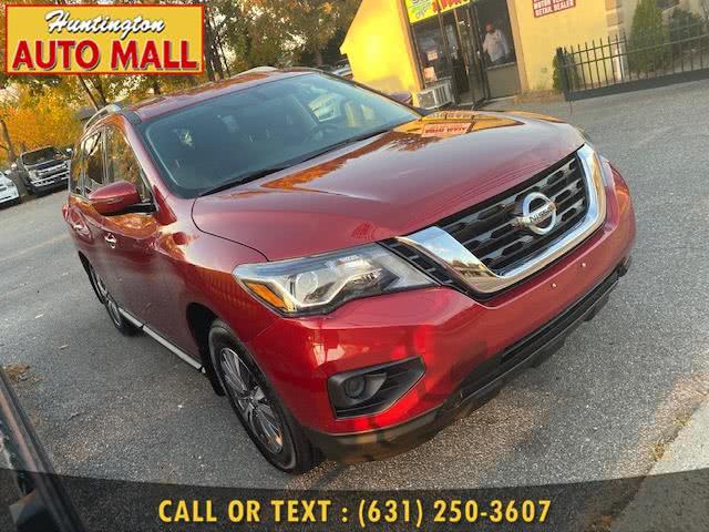 Used 2017 Nissan Pathfinder in Huntington Station, New York | Huntington Auto Mall. Huntington Station, New York
