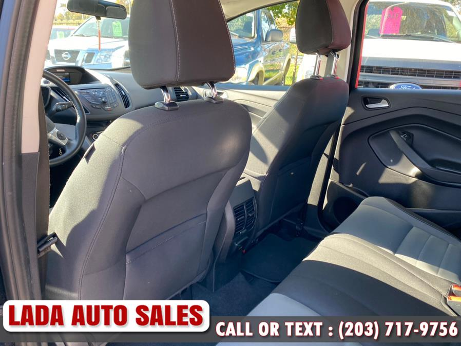 Used Ford C-Max Hybrid 5dr HB SE 2016 | Lada Auto Sales. Bridgeport, Connecticut