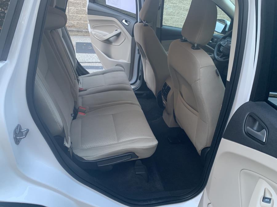 Used Ford Escape SE 4WD 2018 | TJ Motors. New London, Connecticut
