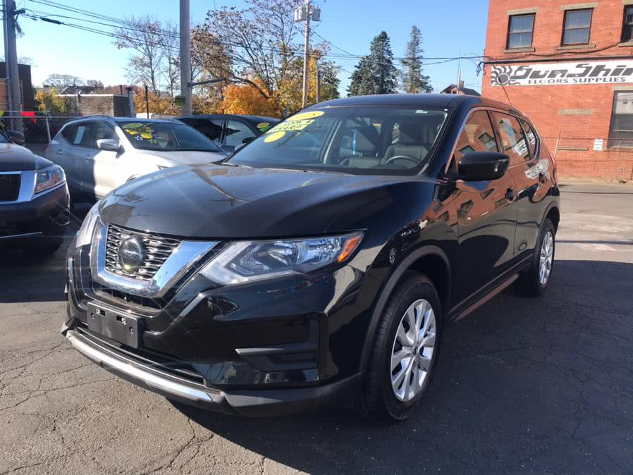 Used 2018 Nissan Rogue in Bridgeport, Connecticut | Affordable Motors Inc. Bridgeport, Connecticut