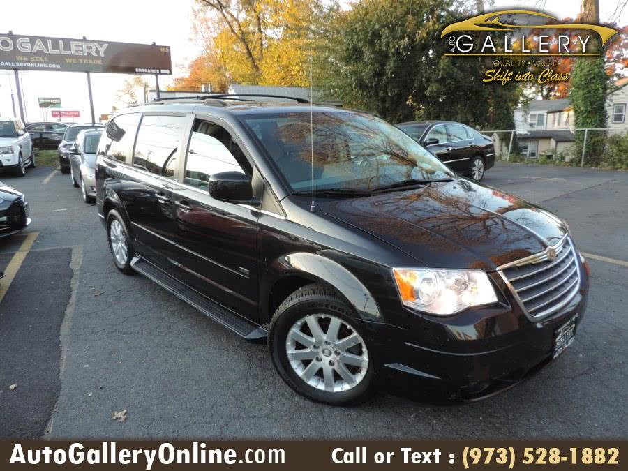 Used 2008 Chrysler Town & Country in Lodi, New Jersey | Auto Gallery. Lodi, New Jersey