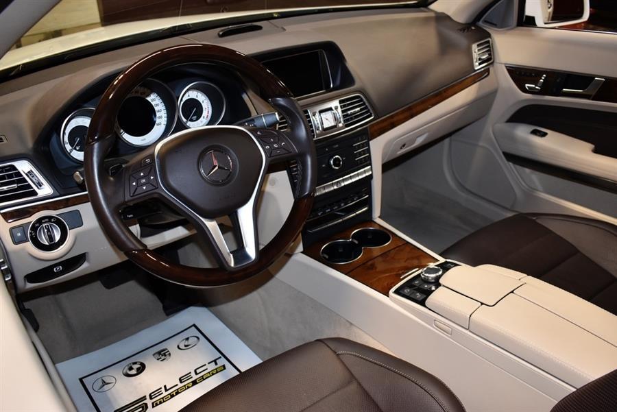 Used Mercedes-benz E-class E 550 2016 | Select Motor Cars. Deer Park, New York