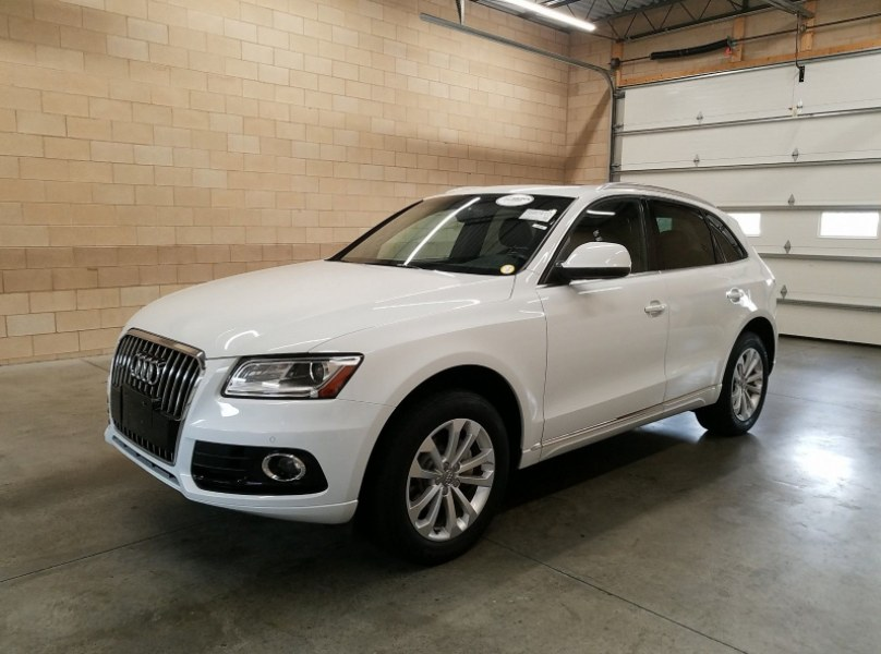 Used 2014 Audi Q5 in Woodside , New York | Precision Auto Imports Inc. Woodside , New York