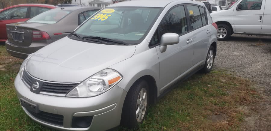 Used 2009 Nissan Versa in Patchogue, New York | Romaxx Truxx. Patchogue, New York