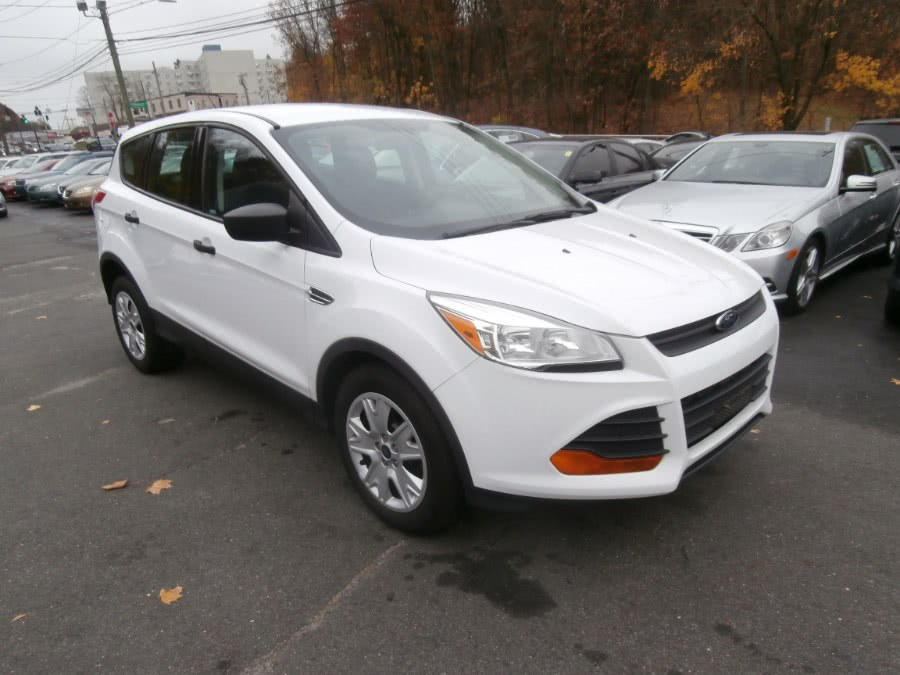 Used Ford Escape FWD 4dr S 2014 | Jim Juliani Motors. Waterbury, Connecticut